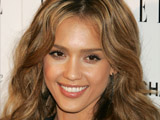 Jessica Alba reveals that she would like to have long legs like a supermodel.