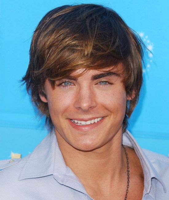is zac effron gay 550x650 GaySpy Pic Special Zac Effron.