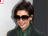 Katie Holmes outside the Schoenfeld Theatre, New York