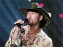 Tim McGraw tapes PSAs to raise awareness of hunger in the US.