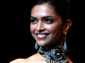 Mukesh does co-star Padukone's make-up