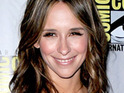 "Jennifer Love Hewitt admits to being ""hot and bothered"" for office supplies."