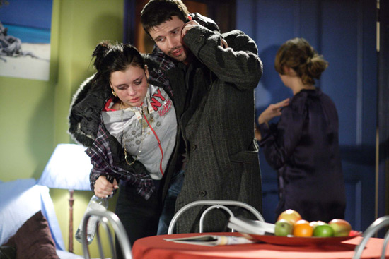 EastEnders: 3907: 2009-12-08