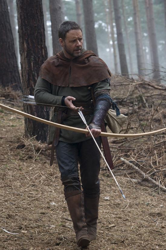 Gerard Butler starring in Robin Hood