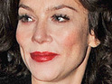 Anna Friel says that boyfriend David Thewlis moved in with her quickly because she had a house fire.