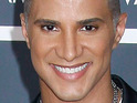 Top Model's Jay Manuel says that he likes Kate Gosselin's hair extensions.