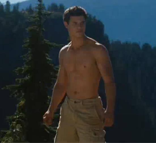 taylor lautner gay. Gay Spy Taylor Lautner