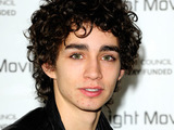 Robert Sheehan
