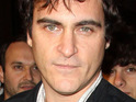 Joaquin Phoenix apologizes to David Letterman for his infamous appearance on The Late Show.
