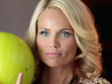 Kristin Chenoweth reveals that she suffered a back injury by falling down a flight of stairs.