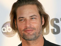 Lost actor Josh Holloway says that he loves looking at women in sexy lingerie.
