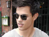 Taylor Lautner leaving Zillemarkt at Savignyplatz in Charlottenburg, a restaurant in Berlin