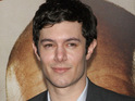 Adam Brody apologizes for comments that he made regarding Kristen Stewart.