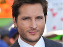 Nurse Jackie star Peter Facinelli wants his character to sport facial hair in the series's fourth season.