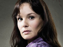 Sarah Wayne Callies admits that she was nervous about not wearing make-up on The Walking Dead.