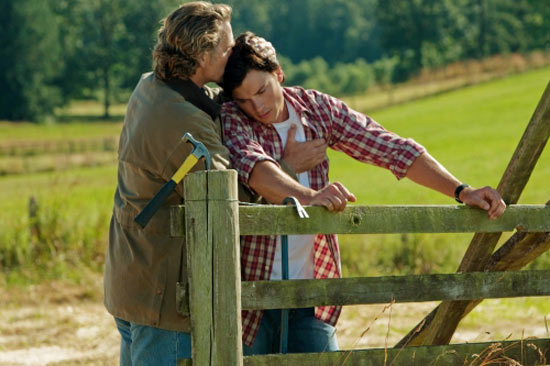 Clark and Jonathan Kent from Smallville Season 10