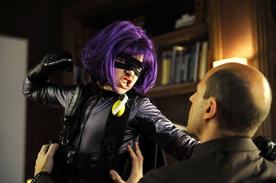 Hit Girl punching John Genovese