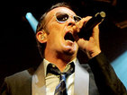 Scott Weiland sued by Stone Temple Pilots
