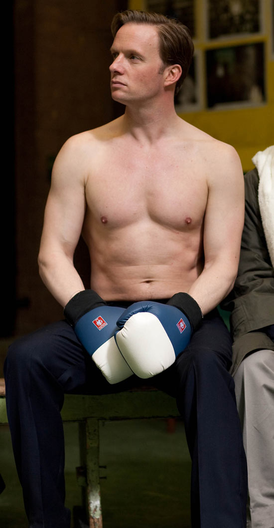 Rupert Penry-Jones ready to box