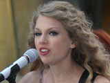 Taylor Swift performs live on the 'Today Show' at the Rockefeller Center