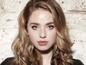 Skins star Freya Mavor is awarded the title of 'Fashion Icon' at the Scottish Fashion Awards.