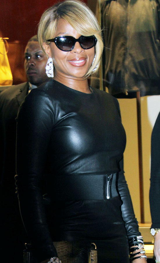 mary j blige hairstyles short hair. images mary j blige hairstyles