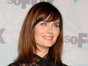 Emily Deschanel announces that she will direct an episode of Bones later in the season.