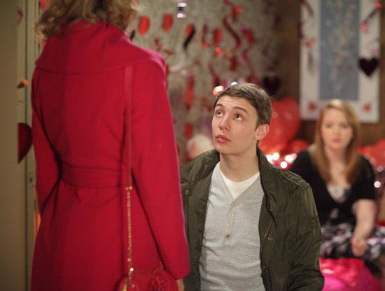 Darren Miller (Charlie G Hawkins) proposes to Jodie Gold (Kylie Babbington)