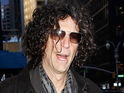 Howard Stern backs David Letterman to win the late-night ratings war over long-time rival Jay Leno.
