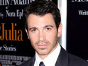 Chris Messina reveals that he avoided sleeping to get into character for Damages.