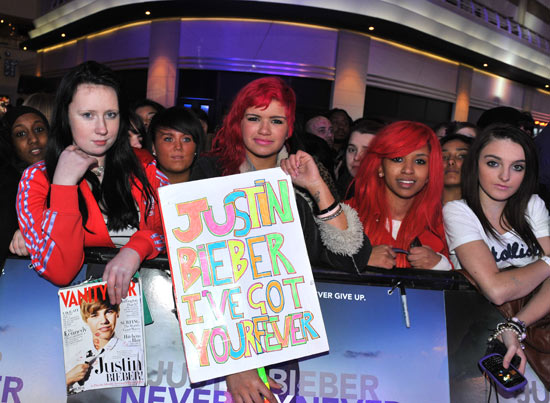 Some true Beliebers!