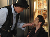 Glee S02E14 'Blame It on the Alcohol': Will and Coach Beiste have a heart-to-heart.