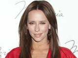 Jennifer Love Hewitt arriving at the Max Azria show at the New York Fashion Week