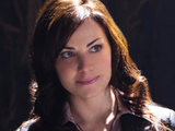 Smallville S10E14 &#39;Masquerade&#39;: Lois