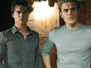 The Vampire Diaries S02E15: Damon and Stefan