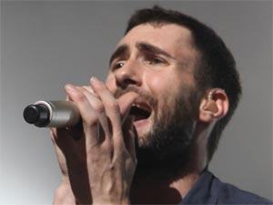Adam Levine of Maroon 5 performs live with the band in Amsterdam, Holland