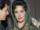 Elizabeth Taylor marries Eddie Fisher
