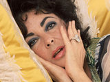 Elizabeth Taylor wearing the Taylor Burton diamond