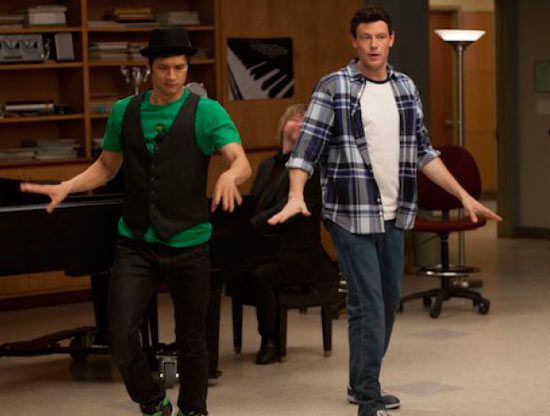 Glee S02E18: Born This Way