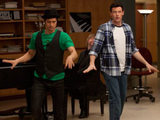 Glee S02E18 - Mike and Finn