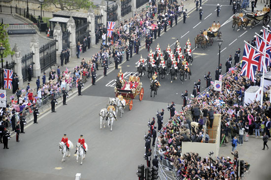 Royal procession to Buckingham Palace
