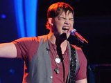 American Idol 270411: James Durbin
