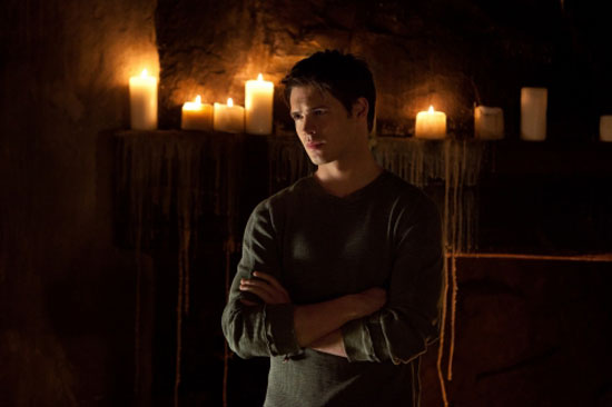 The Vampire Diaries S02E21: 'The Sun Also Rises'