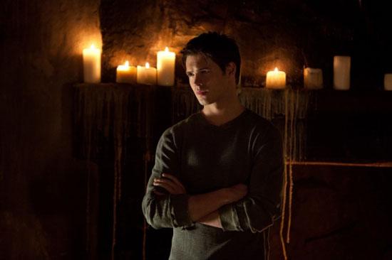 The Vampire Diaries S02E21: 'The Sun Also Rises'