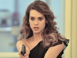Lyndsy Fonseca as Alex in &#39;Nikita&#39;