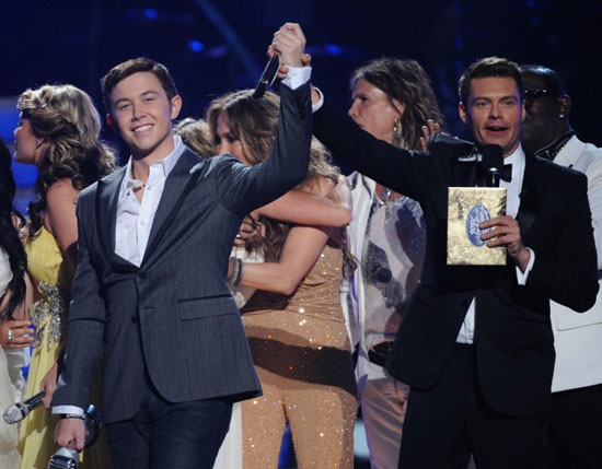 Scotty McCreery is announced the winner of American Idol