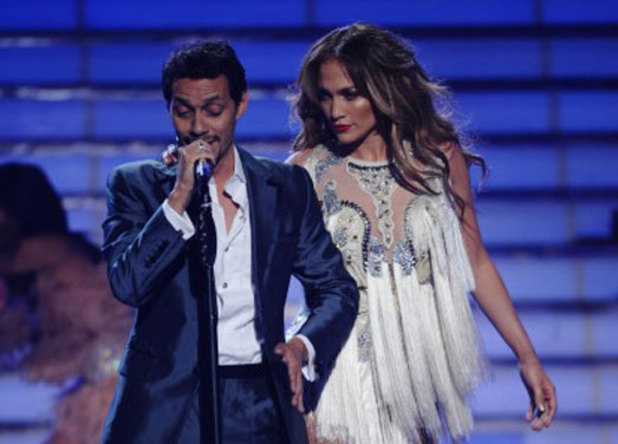 Guest Marc Anthony performs with Jennifer Lopez