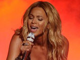 Guest Beyonce performs on American Idol