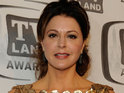 British Hot in Cleveland star Jane Leeves admits she fakes an American accent when out in the US.