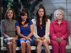 Jane Leeves in 'Hot in Cleveland'